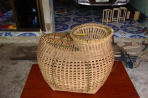 Бамбукова кошница за риба